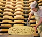 Чем пахнут дырки от сыра?