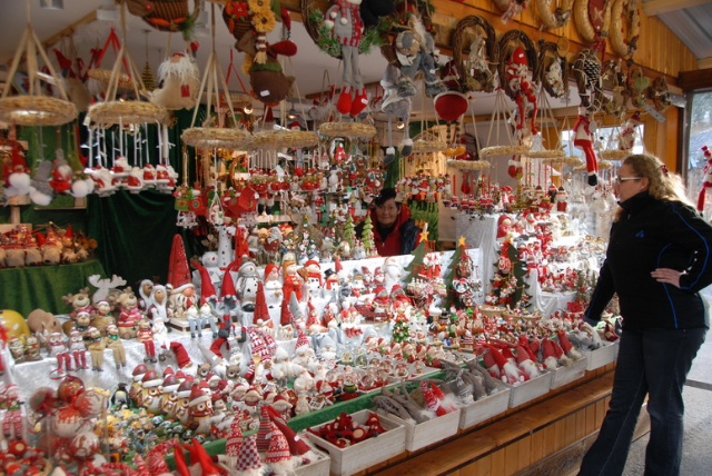 ChristmasMarketVienna0850